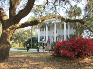 The main house at McLeod Plantation. Photo by Susan W. Pidgeon.