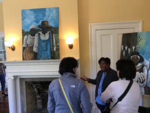 Sonja Griffin Evans talking about her artistic process with visitors.
