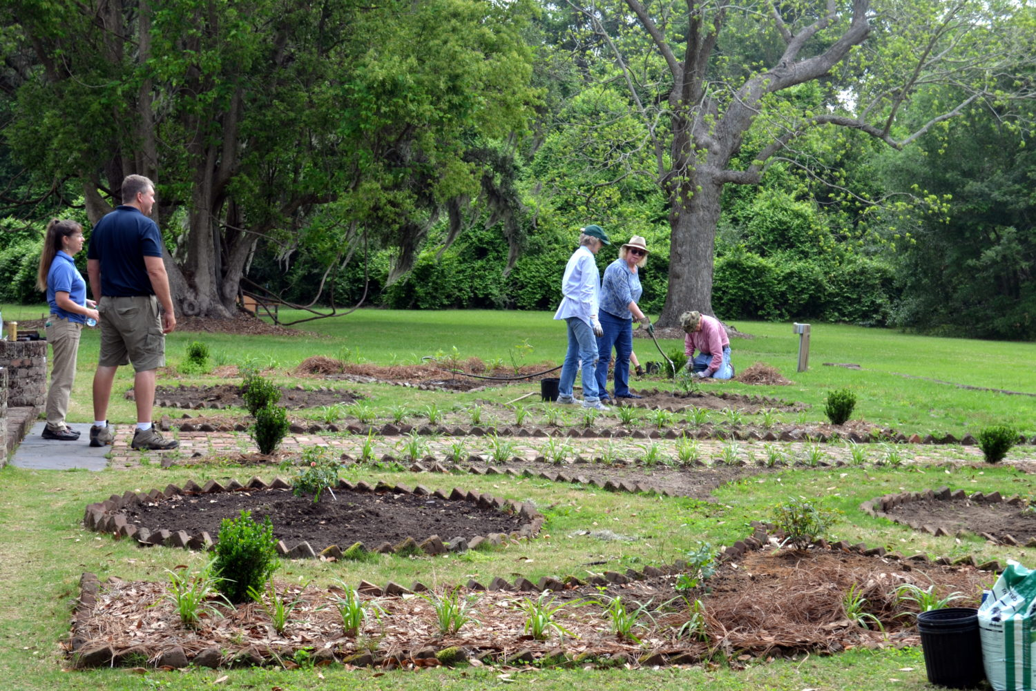 Friends of McLeod working on the garden at McLeod Plantation.